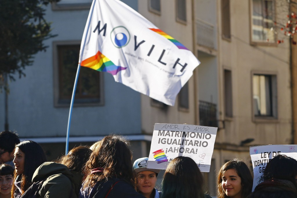 Movilh realiza la primera marcha del año en Concepción.